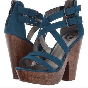 G By Guess Sissy Platform Sandals